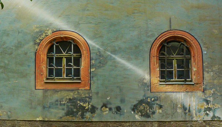 Ochrana interiéru, exteriéru i dřevěných konstrukcí.